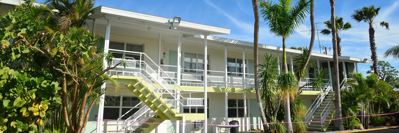 Welcome To Regency Inn & Suites